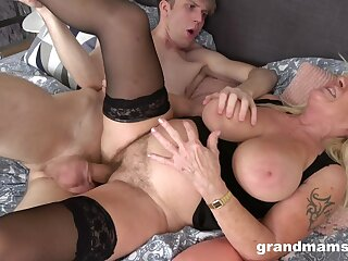 Abysm sex with his mature auntie whose pussy feels so great