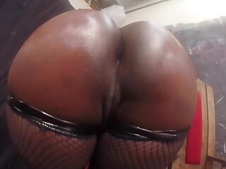 Awesome POV of fabulous beamy booty and accurate soaking pussy is worth watching