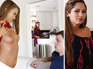 Stepmom help a youthfull duo with very first fuckfest
