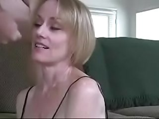 Hot Wife is an Experienced Cocksucker Especially With The Big Ones