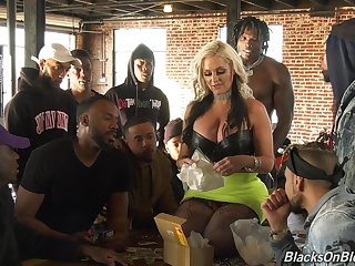 Busty MILF with blond hair Alena Croft tells how squarely is like to find worthwhile fuck on cam