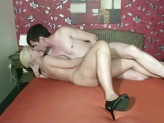 German Mom get Deep Creampie Bareback Fuck by Collaborate of her Daugther