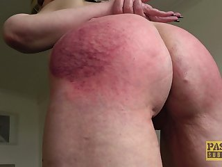 Guestimated mouth and pussy fucking upon ass spanking for Skylar Squirt