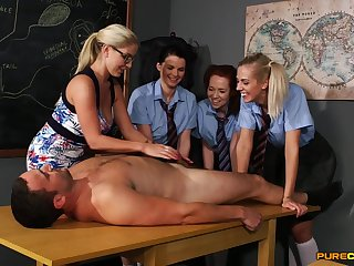 Pellicle of poor college girls sucking one massive dick on a difficulty table
