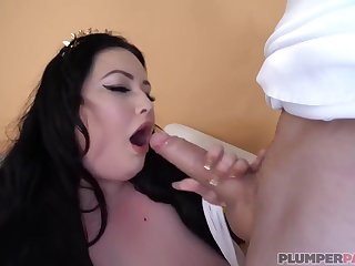 Eliza Allure is a slutty, white BBW with massive tits who likes bad sex and cumshots