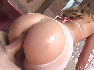 Smooth ride on a thick dick for this magnificent MILF
