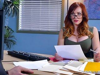 Great hard sexual congress for the feminine boss in scenes of crazy XXX