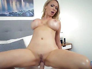 Nikki Benz - Camera Guy Gets Lucky With Nikki
